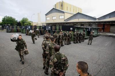 Opération inter-armée MOJITO avec pour objectif la sécurisation d'un lieu dans un pays en guerre civile avec extradition des ressortissants étrangers.