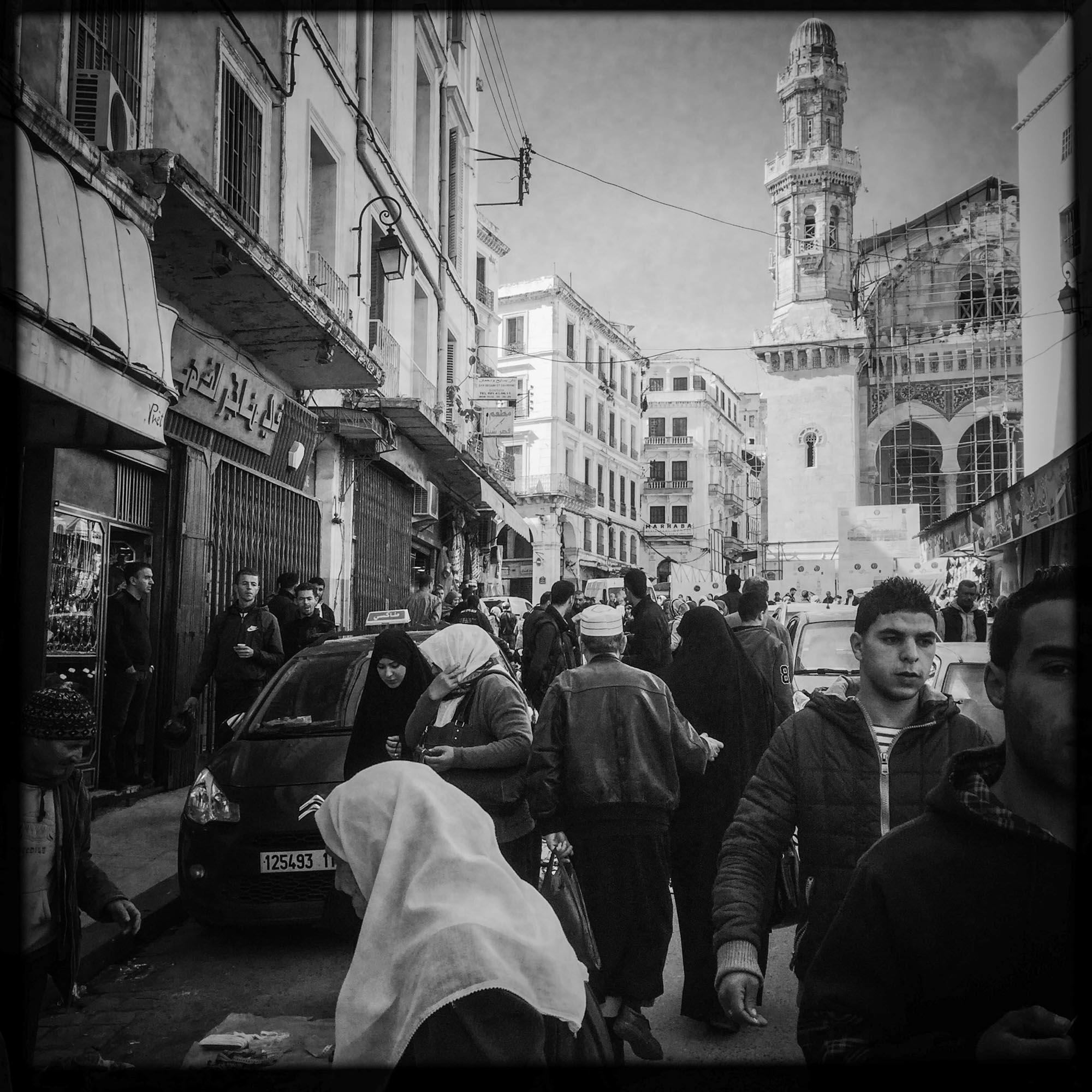 Centre ville d'Alger, donnant accés à la partie basse le Casbah. 18/02/2016, Alger-ALGERIE.