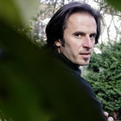 Thierry Colombié, auteur de romans policiers.29/11/07ToulouseCommande du journal 20 Minutes