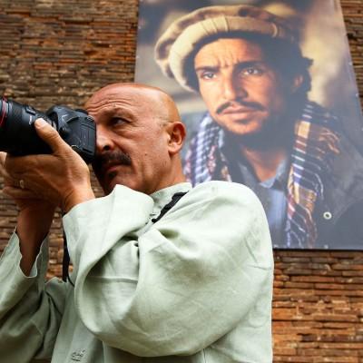 Toulouse, le 12 septembre 2012. Le photographe REZA, expose ces images le long des quais de la Daurade.Commande du journal 20 Minutes