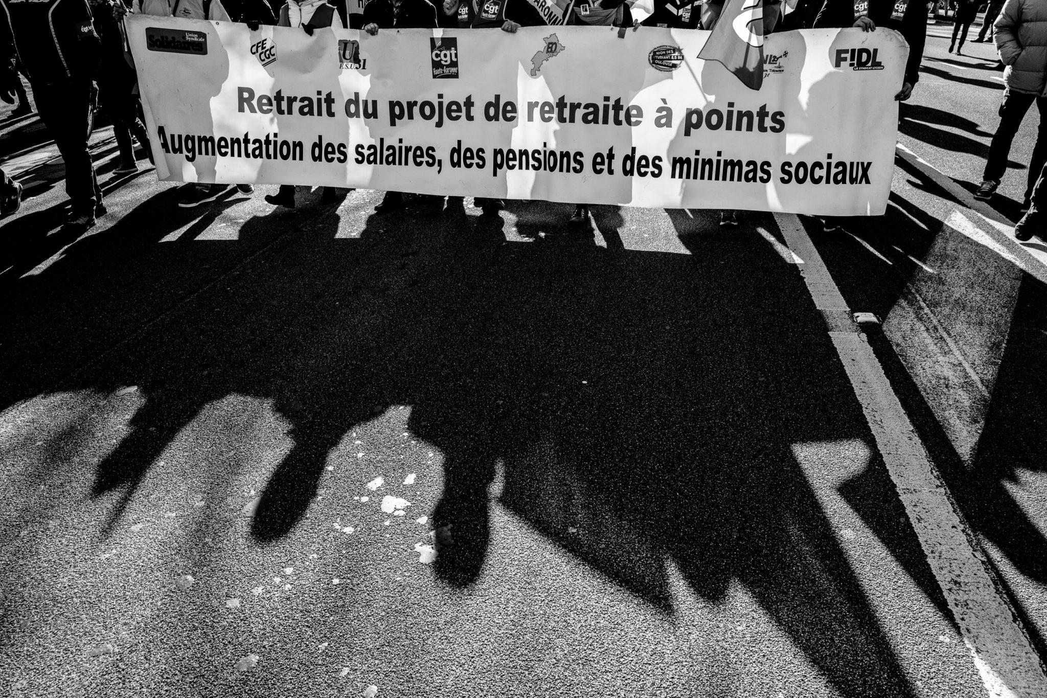 Sujet épineux et sensible. Retour en images sur les manifestations qui ont eu lieu à Toulouse pour s'opposer au projet de loi gouvernemental.