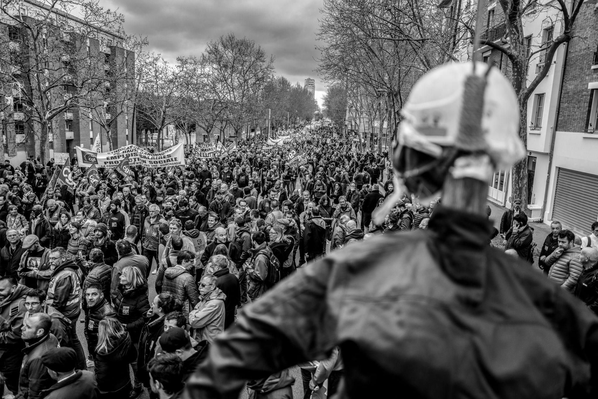 Ce mouvement d'ampleur a montré une mobilisation nationale commune intergénérationelle pour que ne soient pas enterrés les combats des anciennes générations.